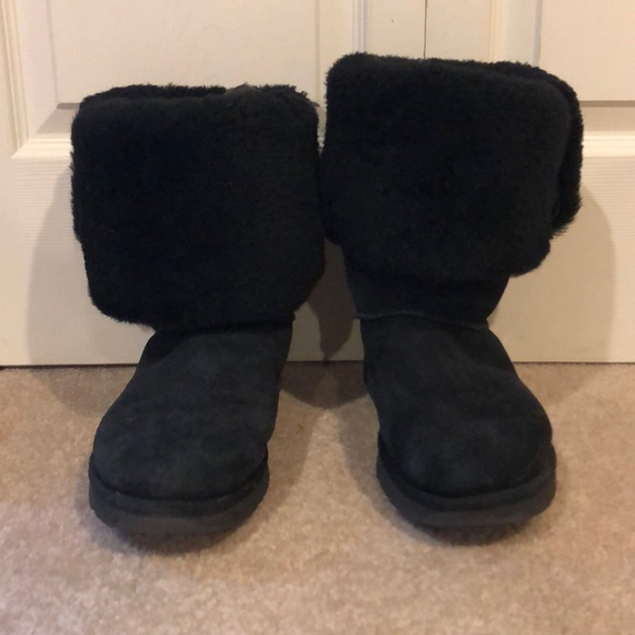 4c926db90a8 BLACK 3-BUTTON UGG BOOTS SIZE 11